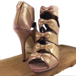 Shoedazzle* Rose Gold Pink Glimmer Bow Front Heels